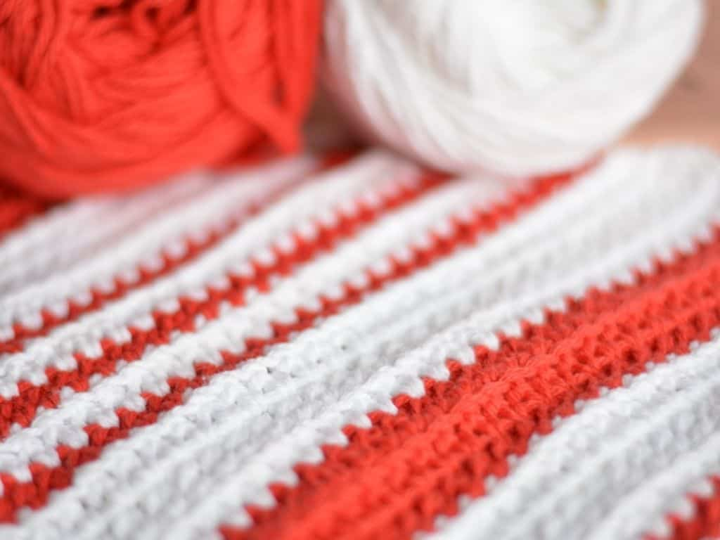 Close up of extended half double crochet stitch texture